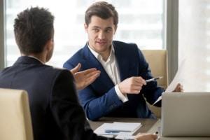 Ihr Arbeitgeber kann Ihre betriebliche Lebensversicherung nicht verkaufen - Sie allerdings auch nicht.